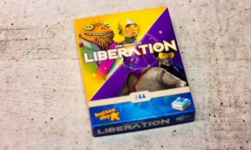 LIBERATION // BUTTON SHY Spiel